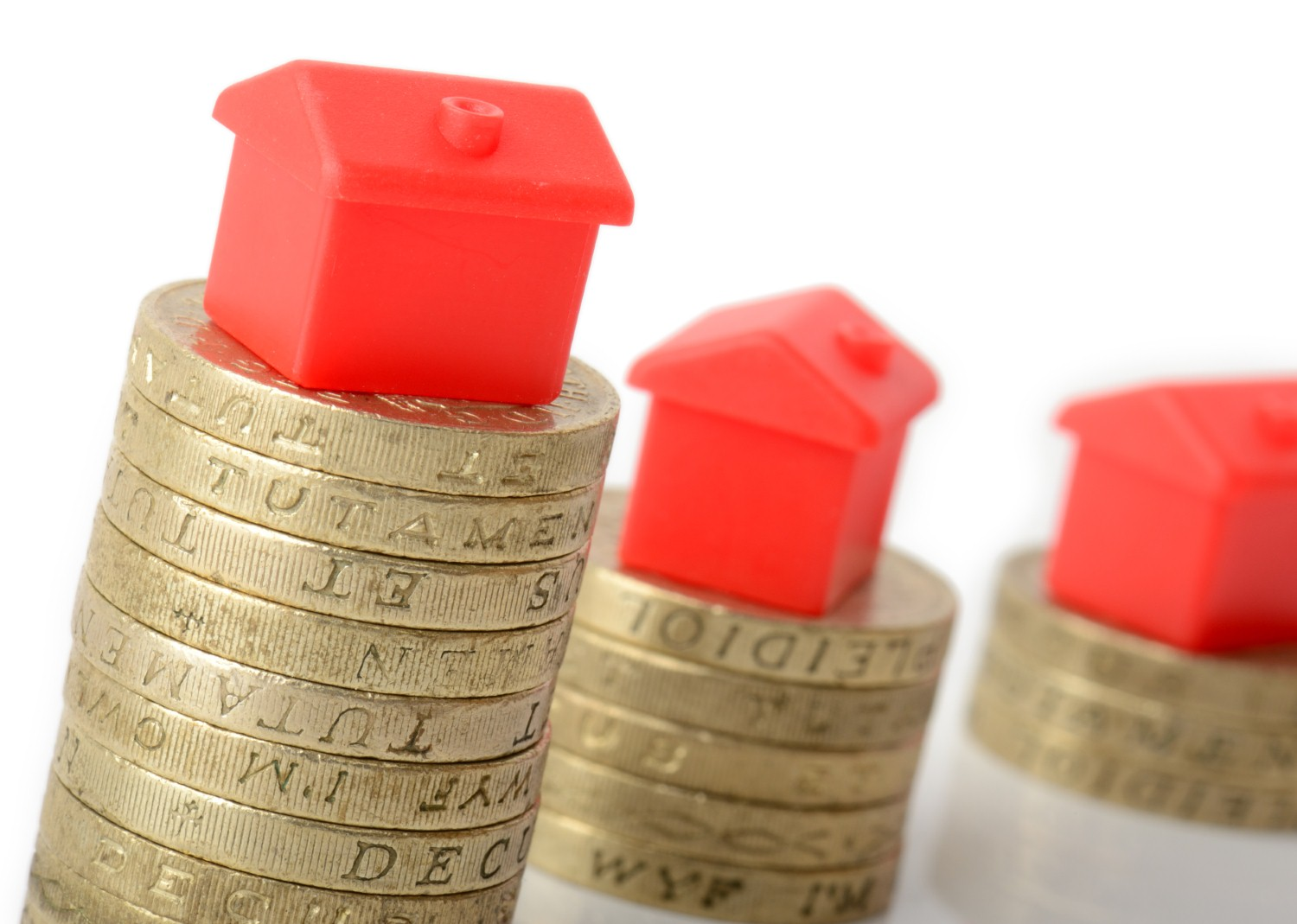 UK property price growth remains flat in June, but rises annually [Photo: iStock/roberthyrons]